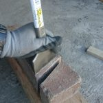 DIYにオススメ!レンガの斜めカットや乱形石の整え方・割り方