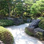 DIY庭づくりにおすすめ!石を使った庭づくりの方法